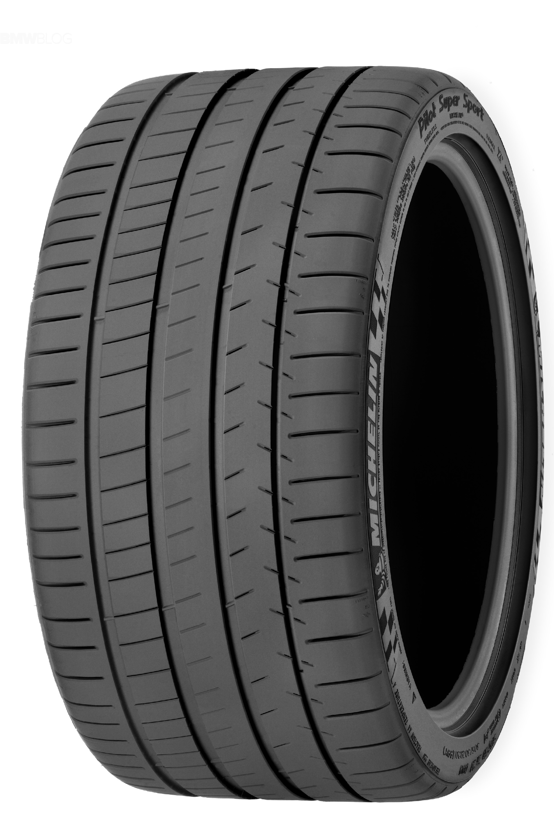 летние шины Michelin Pilot Super Sport 275/40 R19 105/Y